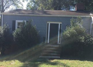 Foreclosed Home in Greensboro 27408 W WENDOVER AVE - Property ID: 4213592499