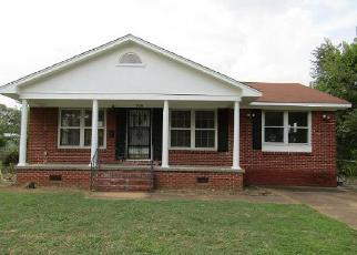Foreclosed Home in Florence 35630 LINDENBERG AVE - Property ID: 4216064422