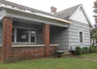 Foreclosed Home in Hopkinsville 42240 S ELM ST - Property ID: 4218262172