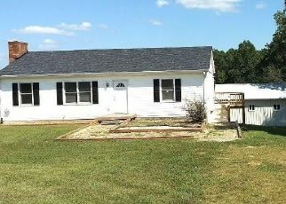 Foreclosed Home in Huddleston 24104 LEESVILLE RD - Property ID: 4218975643