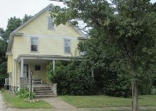 Foreclosed Home in Ashtabula 44004 W 44TH ST - Property ID: 4219124101