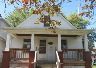 Foreclosed Home in Wyandotte 48192 9TH ST - Property ID: 4219421944