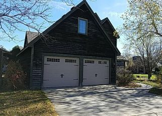 Foreclosed Home in Saint Paul 55112 WEXFORD HEIGHTS DR - Property ID: 4221306539