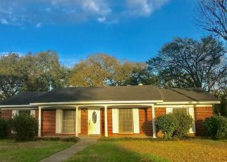 Foreclosed Home in Mobile 36693 MONTCLAIR CIR E - Property ID: 4222225403