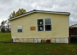 Foreclosed Home in Lancaster 40444 PERKINS LN - Property ID: 4223147788