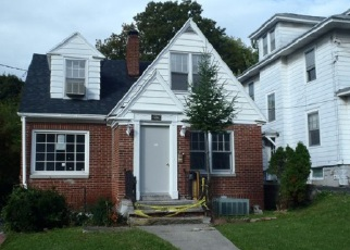 Foreclosed Home in Syracuse 13203 ELM ST - Property ID: 4224444627