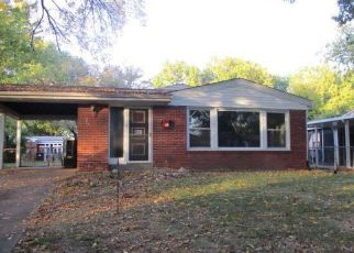 Foreclosed Home in Saint Louis 63130 HAZELWOOD LN - Property ID: 4225388455