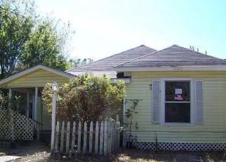 Foreclosed Home in Caddo Mills 75135 GILMER ST - Property ID: 4226842980