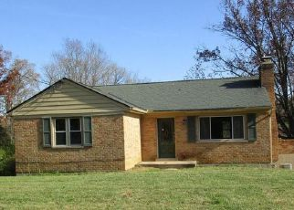 Foreclosed Home in Cincinnati 45211 RACE RD - Property ID: 4228418356