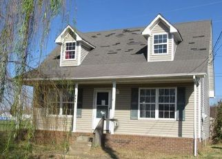 Foreclosed Home in Oak Grove 42262 WATERFORD DR - Property ID: 4228836628
