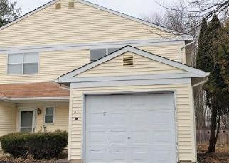 Foreclosed Home in Hightstown 08520 WYNDMOOR DR - Property ID: 4229678857