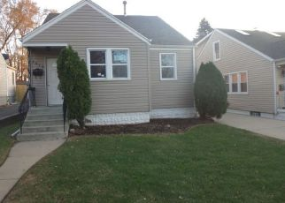Foreclosed Home in Evergreen Park 60805 W 89TH PL - Property ID: 4230783868