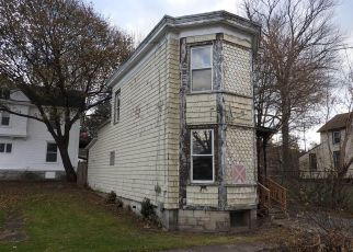 Foreclosed Home in Auburn 13021 PARSONS ST - Property ID: 4232179232