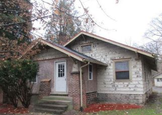 Foreclosed Home in Salem 44460 W STATE ST - Property ID: 4232344802