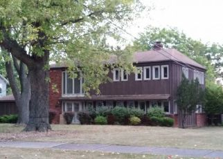 Foreclosed Home in Brecksville 44141 COACHMAN CT - Property ID: 4232374583