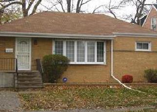 Foreclosed Home in Riverdale 60827 W 146TH ST - Property ID: 4233769975