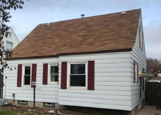 Foreclosed Home in Milwaukee 53222 W LISBON AVE - Property ID: 4235160534