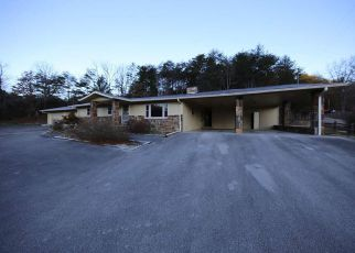Foreclosed Home in Pigeon Forge 37863 WEARS VALLEY RD - Property ID: 4236301448