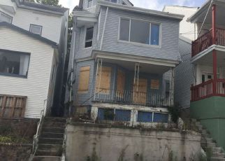 Foreclosed Home in Paterson 07522 KEARNEY ST - Property ID: 4238862285