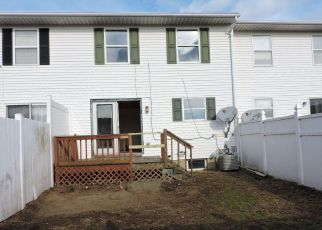Foreclosed Home in Pittston 18643 BLUEBELL CT - Property ID: 4239170627