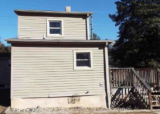 Foreclosed Home in Mount Royal 08061 MANTUA RD - Property ID: 4240430227