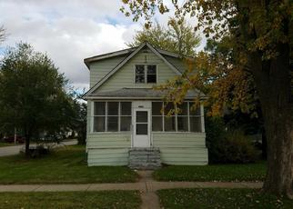 Foreclosed Home in Hammond 46327 PINE AVE - Property ID: 4242498343