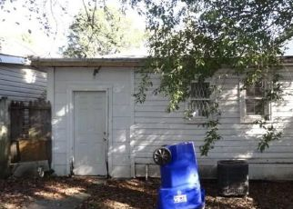 Foreclosed Home in Norfolk 23509 PERONNE AVE - Property ID: 4243087420