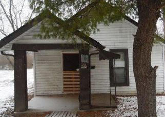 Foreclosed Home in Indianapolis 46203 VANDEMAN ST - Property ID: 4243557367
