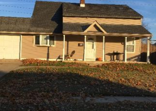 Foreclosed Home in Levittown 19057 IROQUOIS RD - Property ID: 4243658990