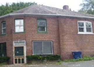 Foreclosed Home in Plainville 06062 LEDGE RD - Property ID: 4244030376