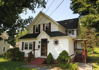 Foreclosed Home in Honesdale 18431 CLIFF ST - Property ID: 4244321185