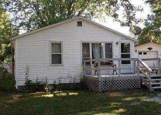 Foreclosed Home in Dowagiac 49047 CLYBORN ST - Property ID: 4244393905