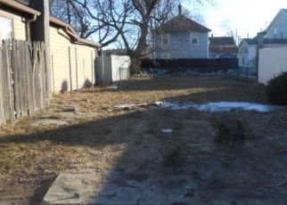 Foreclosed Home in Warwick 02889 HURON ST - Property ID: 4246130467