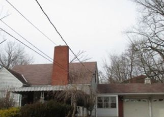 Foreclosed Home in Coraopolis 15108 BOGGS AVE - Property ID: 4247330963
