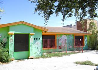 Foreclosed Home in Laredo 78046 S MEADOW ST - Property ID: 4247583217