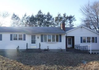 Foreclosed Home in Enfield 06082 RIVIERA DR - Property ID: 4248239305