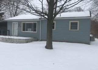 Foreclosed Home in Lansing 48911 INGHAM ST - Property ID: 4248469240