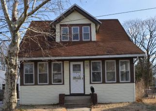 Foreclosed Home in Paulsboro 08066 N DELAWARE ST - Property ID: 4248861675