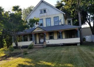 Foreclosed Home in Copiague 11726 PARKSIDE CT - Property ID: 4248951905