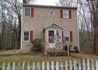 Foreclosed Home in Newtown 06470 HUNTINGTOWN RD - Property ID: 4249892212