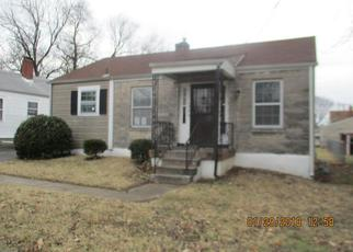 Foreclosed Home in Louisville 40210 BERNHEIM LN - Property ID: 4250058209