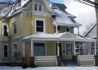 Foreclosed Home in Lockport 14094 LOCUST ST - Property ID: 4251960332