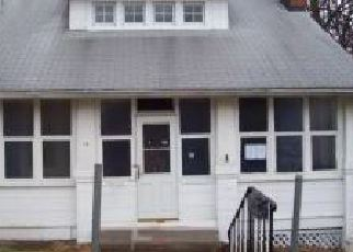 Foreclosed Home in Linthicum Heights 21090 CHARLES RD - Property ID: 4253779683