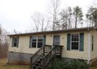 Foreclosed Home in Louisa 23093 ROUNDABOUT RD - Property ID: 4254188309