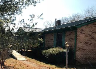 Foreclosed Home in Estill Springs 37330 LAKESIDE DR - Property ID: 4254453727