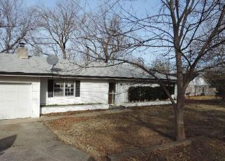 Foreclosed Home in Claremore 74017 E OAK ST - Property ID: 4256385629