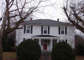 Foreclosed Home in Louisa 23093 SOUTH ST - Property ID: 4257687727