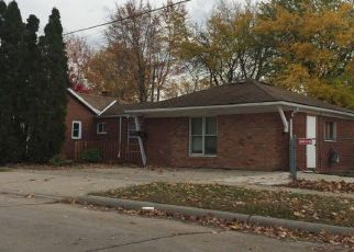 Foreclosed Home in Dearborn Heights 48127 LENORE ST - Property ID: 4257887888