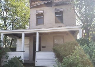Foreclosed Home in Curtis Bay 21226 OLMSTEAD ST - Property ID: 4257928612