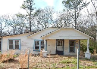 Foreclosed Home in Tallapoosa 30176 S KELLEY ST - Property ID: 4258584248